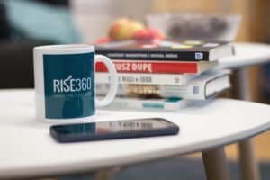 kubek, Rise360 marketing